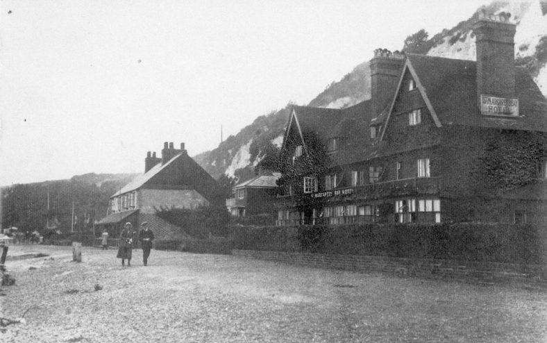 St Margaret's Bay Hotel, Beechin and Eglinton Cottages. pre 1936