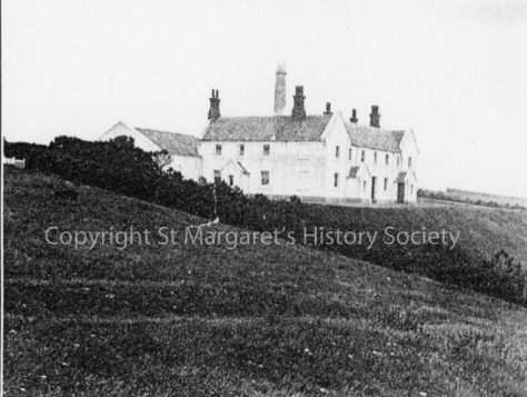 Lower South Foreland lighthouse keeper's cottages and power house. 1922