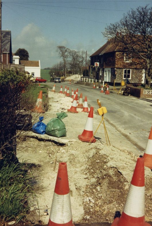Road works in the High Street, excavation starts May 1986