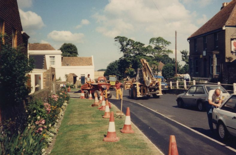 Road works in the High Street - July 1986