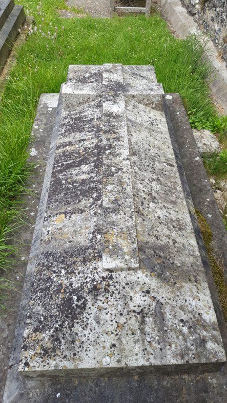 Gravestone of EMDEN William S 1904; EMDEN Renee 1925 | Dawn Sedgwick