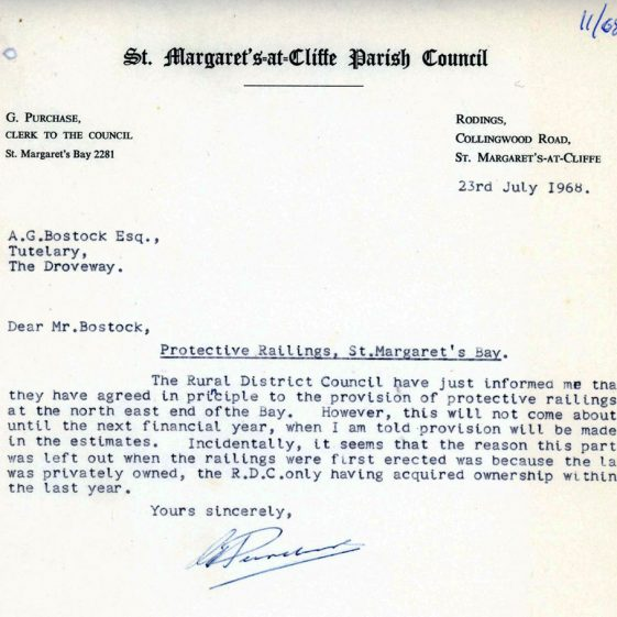 Correspondence concerning the provision of railings in St Margaret's Bay. 1968