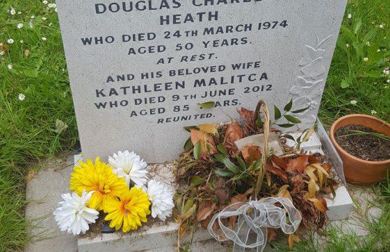 Gravestone of HEATH Douglas Charles 1974; HEATH Kathleen Malitca 2012