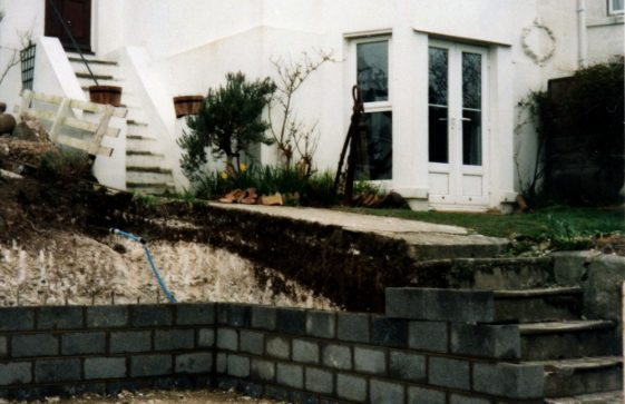 Excavations at 'The Anchorage', Bay Hill. 2001
