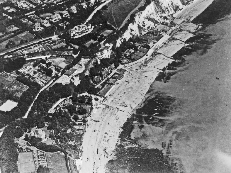 Aerial photograph of St Margaret's Bay taken between the wars