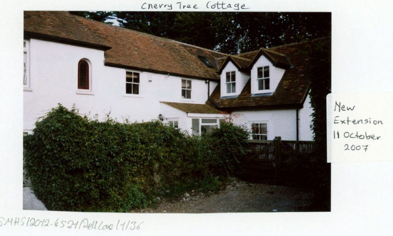 Cherry Tree Cottage, Well Lane. 2000 and 2007