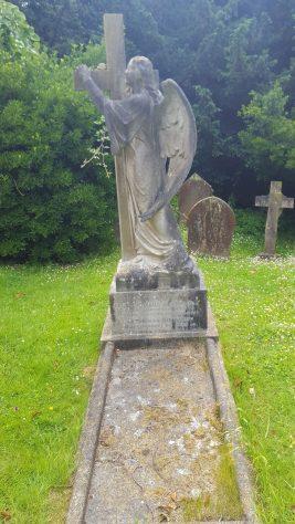 Gravestone of DINWIDDY Eliza Charlotte 1924; DINWIDDY Thomas 1928
