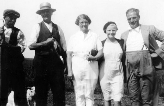 Bockhill Farm: Family photograph. 1936