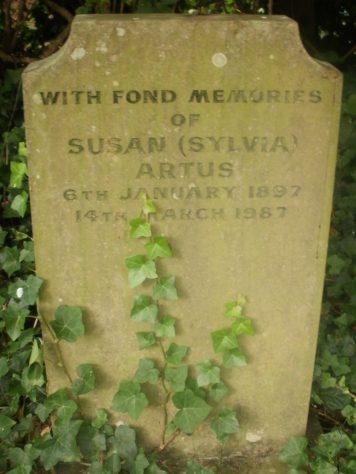 Gravestone of ARTUS Susan 1987