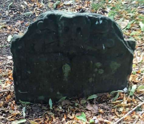 Gravestone of AIR (Annie Isabel Robinson)