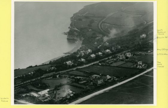 Aerial view of Granville Road, The Droveway and the Bay. 1910-1933