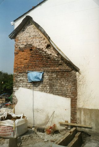 Forge House, Kingsdown Road, extension. 2003