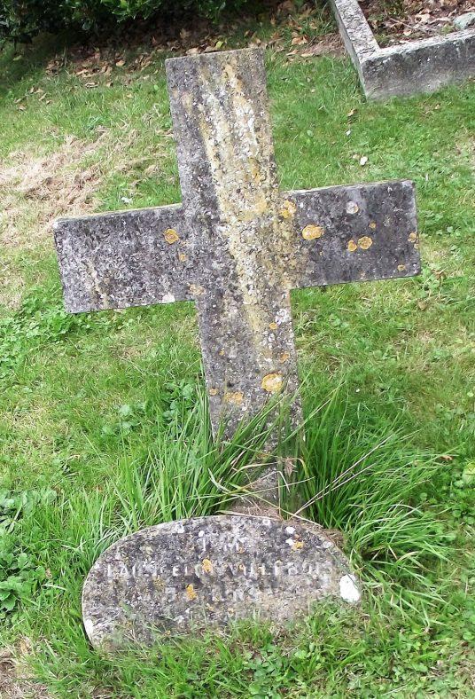 Gravestone of BATHURST Launcelot Villebos 1921