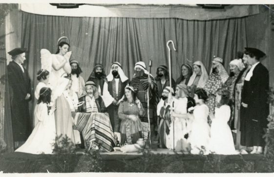 Cast of a  St Margaret's WI Nativity Play
