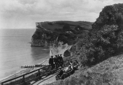 Crow's Nest looking towards Ness Point. c1920/30