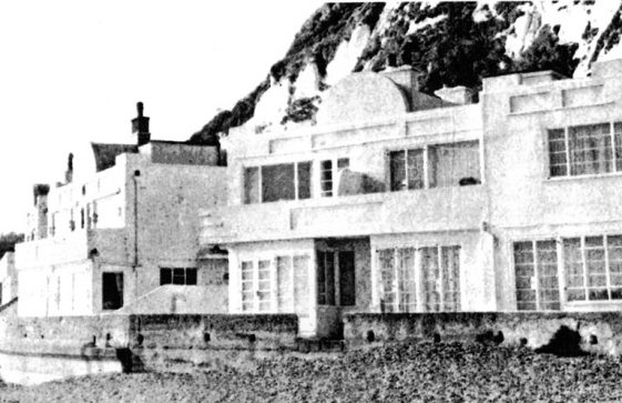 The houses at The Leas end of St Margaret's Bay. Undated