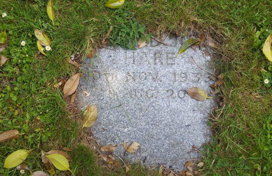 Gravestone of HARE Bernard John 2000
