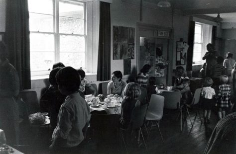 Children and their mothers at the National School, Kingsdown Road in the 1970s