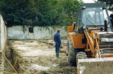 The Barn, Chapel Lane under construction. 1986-1987