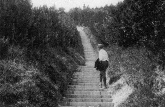 Long Steps up from the Bay. 1908