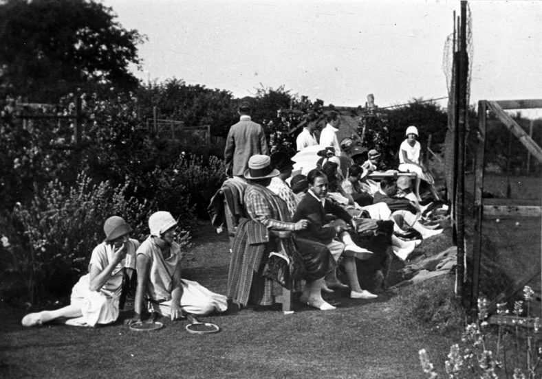Watching and waiting. The Cliffe Hotel Tennis Courts. Mid-1920s