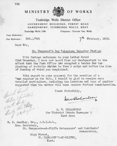 Correspondence between Residents and Ratepayers Association and the Ministry of Works re the planting of shrubs around the Repeater Station Bay Hill. 1956