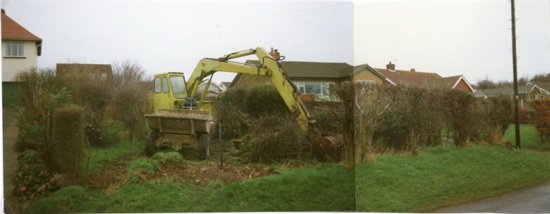 Clearance of the site between 'The Outlook' and 'Midships' Salisbury Road. 1989