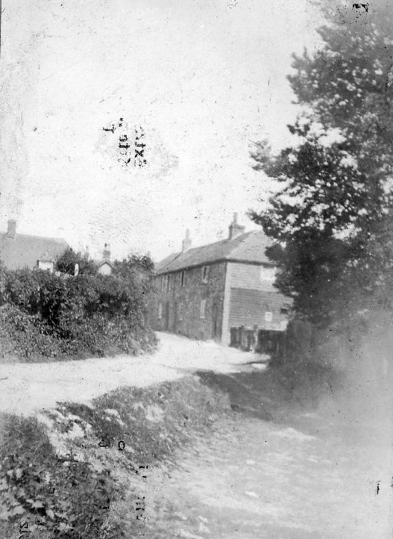 Chapel Lane from the pond towards Kingsdown Road