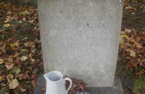 Gravestone of COX Edward Walter 1999; COX Elsie Beatrice 1994