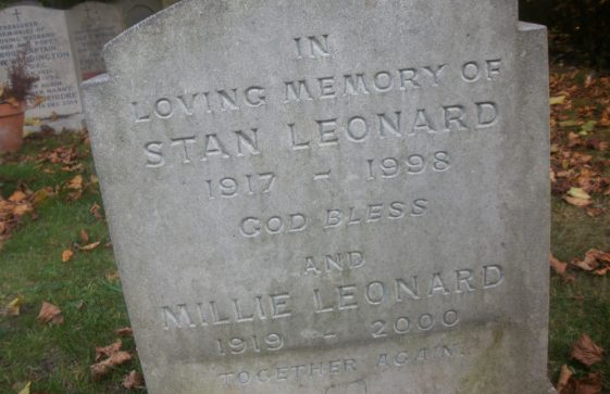 Gravestone of LEONARD Stanley 1998; LEONARD Millie 2000