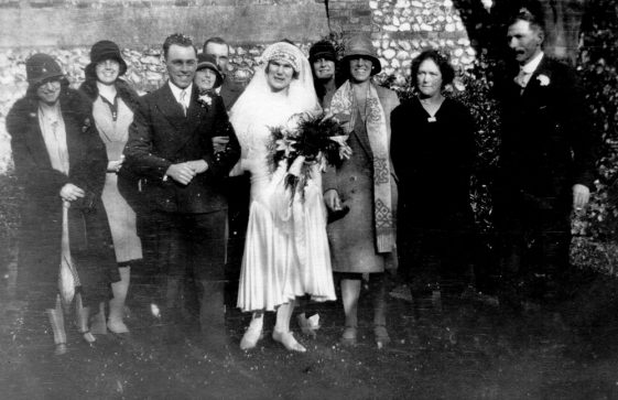 A group at the wedding of Thomas Craft and Olive Clayson 17 February 1934