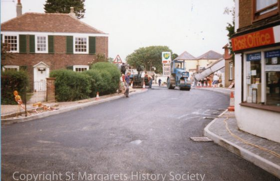 High Street, layby under construction. July 1986.