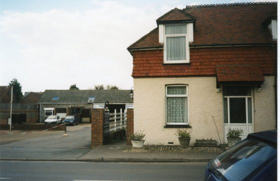 Knoll Garage, High Street.  22 February 2002.