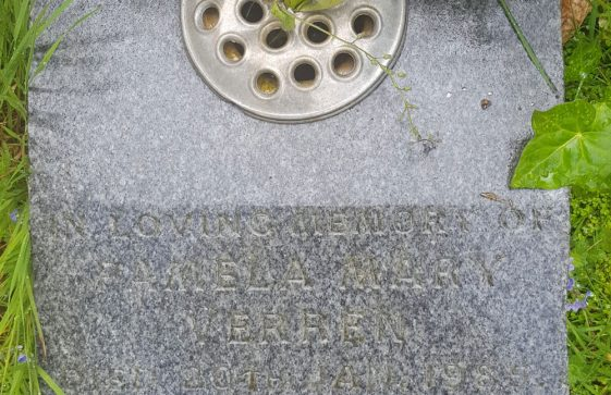 Gravestone of VERREN Pamela Mary 1985