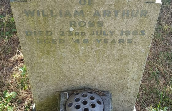 Gravestone of ROSS William Arthur 1963