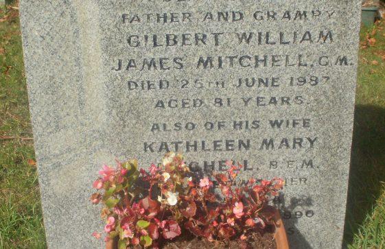 Gravestone of MITCHELL Gilbert William James 1987; MITCHELL Kathleen Mary 1990