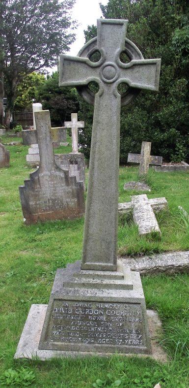 Gravestone of COURTNEY David Gordon 1912; COURTNEY Henry Gother 1948. | Dawn Sedgwick