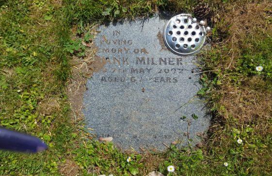 Gravestone of MILNER Frank Sidney 2002