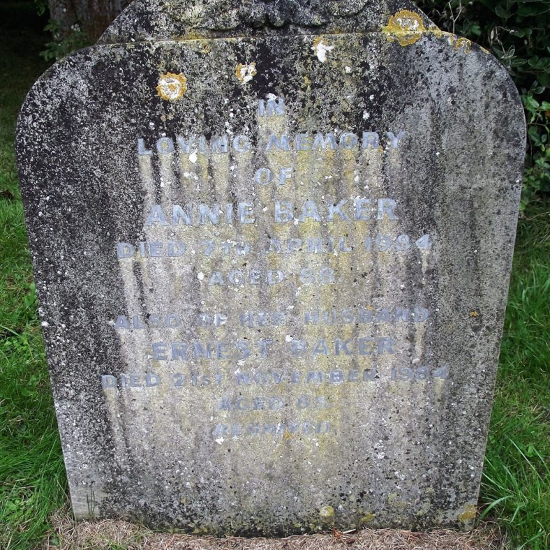 Gravestone of BAKER Annie 1984; BAKER Ernest 1984 | Dawn Sedgwick