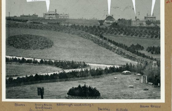 Nine named houses in the Bay area. early 20th C