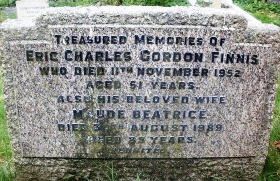 Gravestone of FINNIS Eric Charles Gordon 1952; FINNIS Maude Beatrice 1989